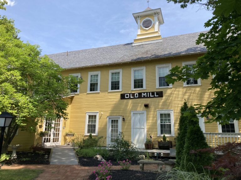Old Mill Inn building